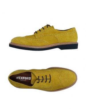 Обувь на шнурках WEXFORD. Цвет: желтый