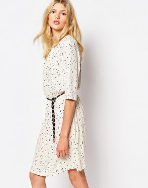 Sessun Платье с принтом Manoa. Цвет: мульти