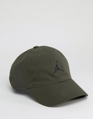 Jordan Зеленая кепка Nike H86 847143-355. Цвет: зеленый