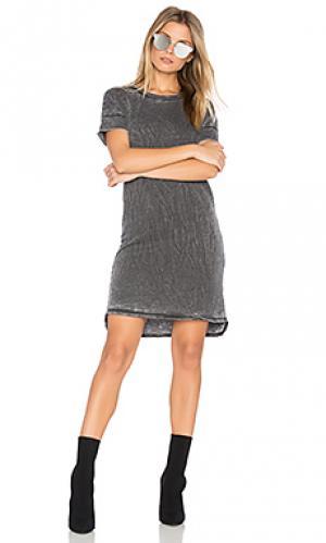Яркое махровое платье-футболка Stateside. Цвет: черный