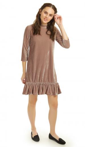 Платье 42 ТВОЕ. Цвет: бежевый