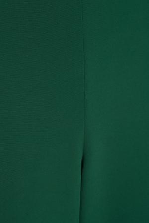 Однотонные брюки VIKTORIA IRBAIEVA. Цвет: зеленый