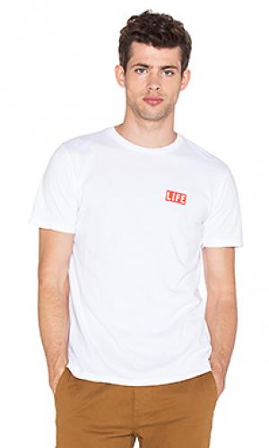 Футболка life box logo Altru. Цвет: белый