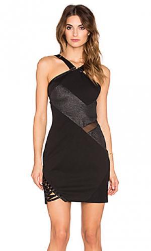 Платье холтер shinobi Three Floor. Цвет: черный