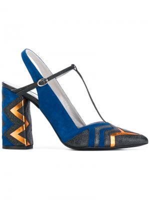 Туфли с ремешком на пятке Strategia. Цвет: синий