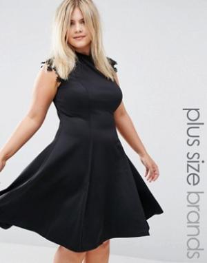 Praslin Короткое приталенное платье с кружевными рукавами Plus. Цвет: черный