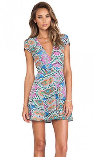 Платье cassidy Lovers + Friends. Цвет: розовый