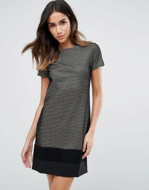 Vesper Платье металлик с контрастной нижней частью. Цвет: золотой