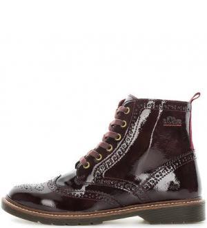 Бордовые ботинки на шнуровке с брогированием s.Oliver. Цвет: бордовый