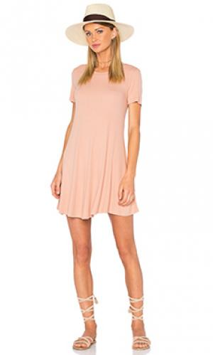 Платье caldwell Privacy Please. Цвет: персиковый
