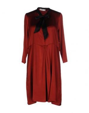 Короткое платье SUOLI. Цвет: красный