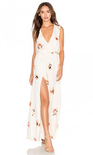 Платье с запахом спереди Haute Hippie. Цвет: кремовый