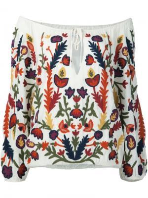 Блузка с цветочной вышивкой Alice+Olivia. Цвет: белый