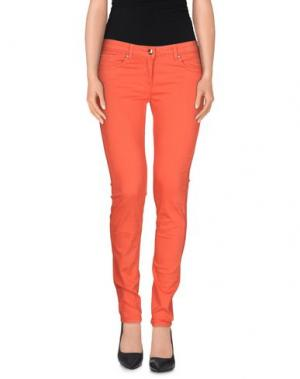 Джинсовые брюки BETTY BLUE. Цвет: коралловый