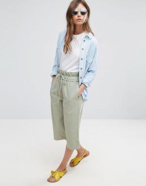 ASOS Укороченные брюки-галифе со свободным поясом. Цвет: зеленый