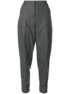 Укороченные зауженные брюки Fabiana Filippi. Цвет: серый