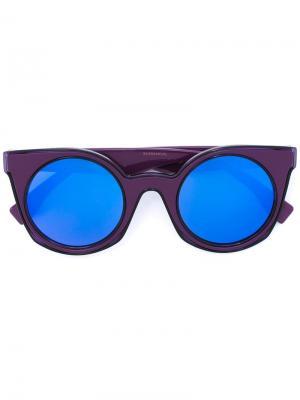 Солнцезащитные очки в круглой оправе Fendi Eyewear. Цвет: розовый и фиолетовый