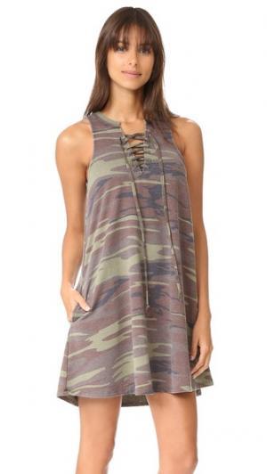 Платье All Tied Up с камуфляжным рисунком Z Supply. Цвет: зеленый хаки
