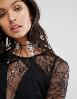 LoveRocks London Ожерелье-чокер с кружевом. Цвет: кремовый