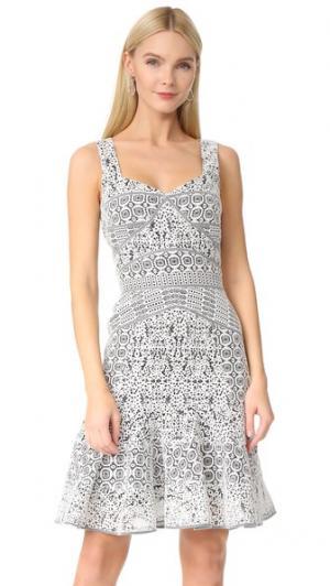 Платье без рукавов J. Mendel. Цвет: белый