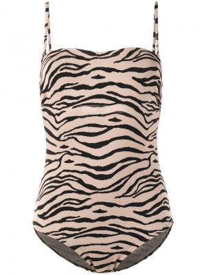Слитный купальник с тигровымпринтом Prism. Цвет: коричневый