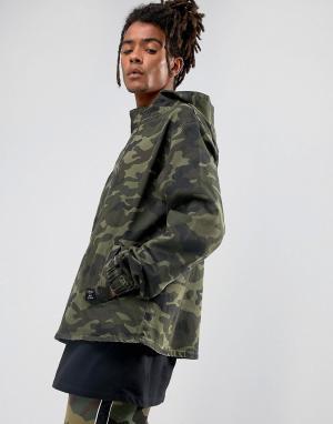 Cayler & Sons Джинсовая куртка с молнией до груди и камуфляжным принтом Son. Цвет: зеленый