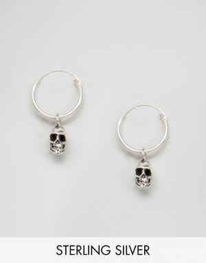Kingsley Ryan Серебряные серьги-кольца с черепами. Цвет: серебряный
