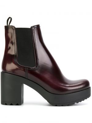 Ботинки Челси Prada. Цвет: красный