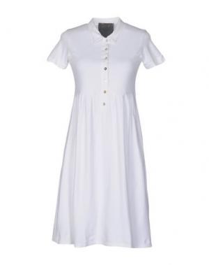 Короткое платье ES'GIVIEN. Цвет: белый