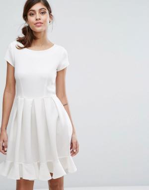 Closet London Платье миди с короткими рукавами. Цвет: белый