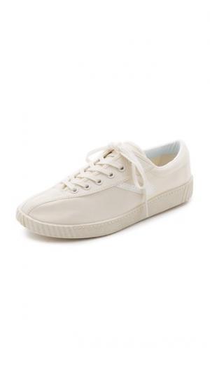 Кроссовки Nylite на шнуровке Tretorn. Цвет: белый