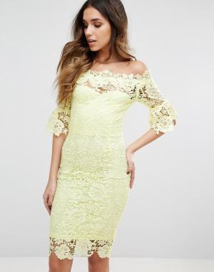 Paper Dolls Кружевное платье миди с расклешенными рукавами 3/4. Цвет: желтый