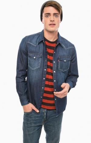Синяя джинсовая рубашка на кнопках Levi's®. Цвет: синий