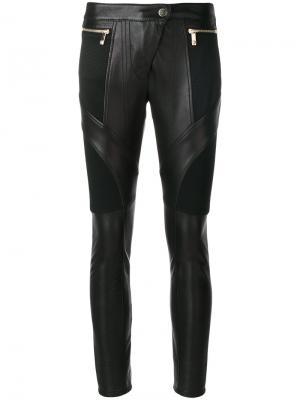 Кожаные байкерские брюки Versace. Цвет: чёрный