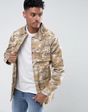 Liquor N Poker Удлиненная джинсовая куртка с камуфляжным принтом &. Цвет: бежевый