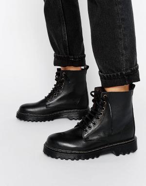 Park Lane Ботинки на шнуровке и массивной подошве. Цвет: черный