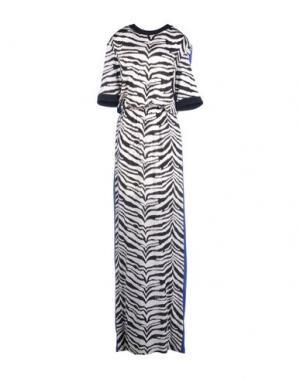 Длинное платье EMANUEL UNGARO. Цвет: белый