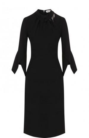 Однотонное шелковое платье-миди с укороченным рукавом Victoria Beckham. Цвет: черный