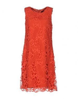 Короткое платье CLIPS. Цвет: оранжевый