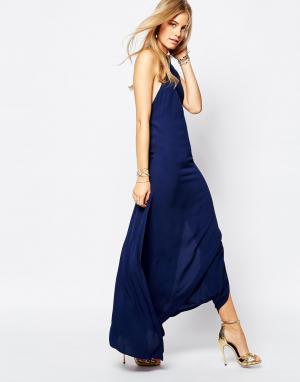 Flynn Skye Синее платье макси с лифом халтер Tyra. Цвет: темно-синий