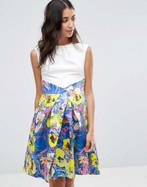Closet London Платье с контрастной плиссированной юбкой и цветочным принтом. Цвет: мульти