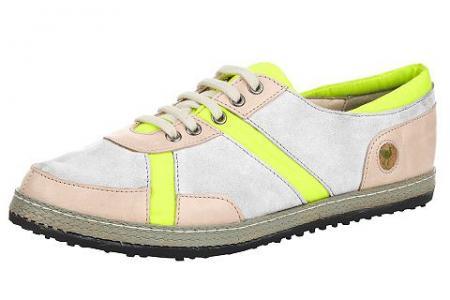 Туфли на шнуровке Storksteps. Цвет: бежевый