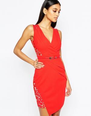 Lipsy Платье-футляр с запахом на юбке и кружевными вставками. Цвет: красный