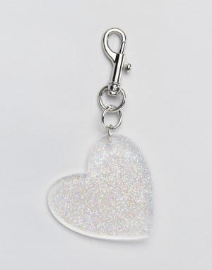 Monki Брелок для ключей с блестящим сердцем. Цвет: серебряный