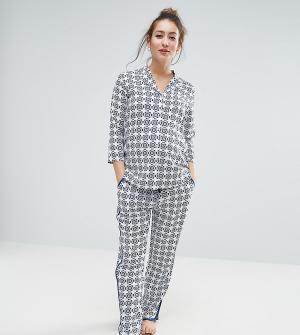 ASOS Maternity Пижамный комплект из рубашки и брюк с мозаичным принтом для беременных. Цвет: синий