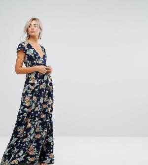 Uttam Boutique Petite Платье макси с запахом и цветочным принтом. Цвет: темно-синий