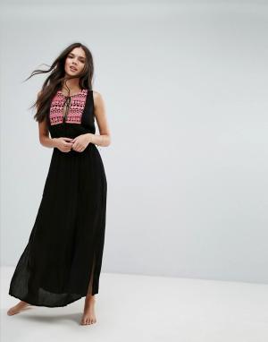Liquorish Пляжное платье макси с вышивкой. Цвет: черный