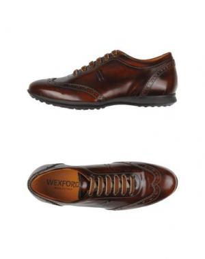 Низкие кеды и кроссовки WEXFORD. Цвет: коричневый