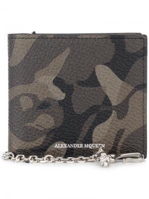 Бумажник с камуфляжным принтом Alexander McQueen. Цвет: зелёный