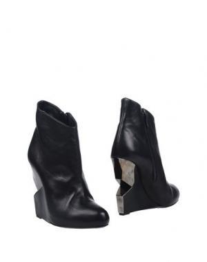 Полусапоги и высокие ботинки CHARLINE DE LUCA. Цвет: черный